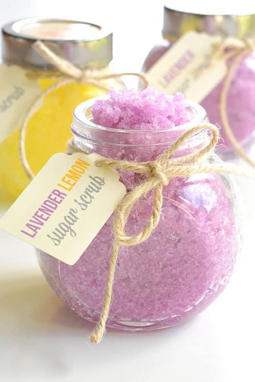 3-Ingredient-Homemade-Sugar-Scrub