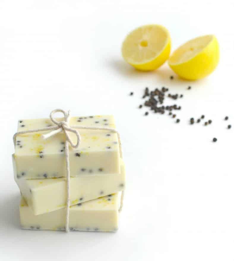 DIY-Lemon-Peppercorn-Body-Scrub-Bars