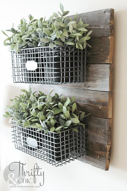 DIY-hanging-wire-baskets