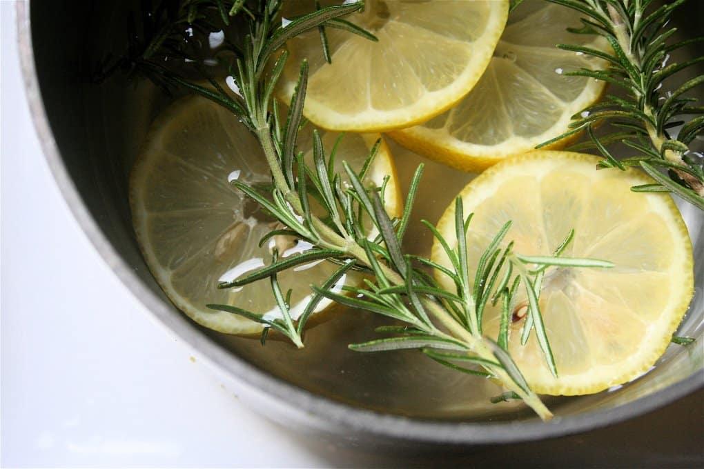 Rosemary-Lemon-and-Vanilla-Simmering-Pot