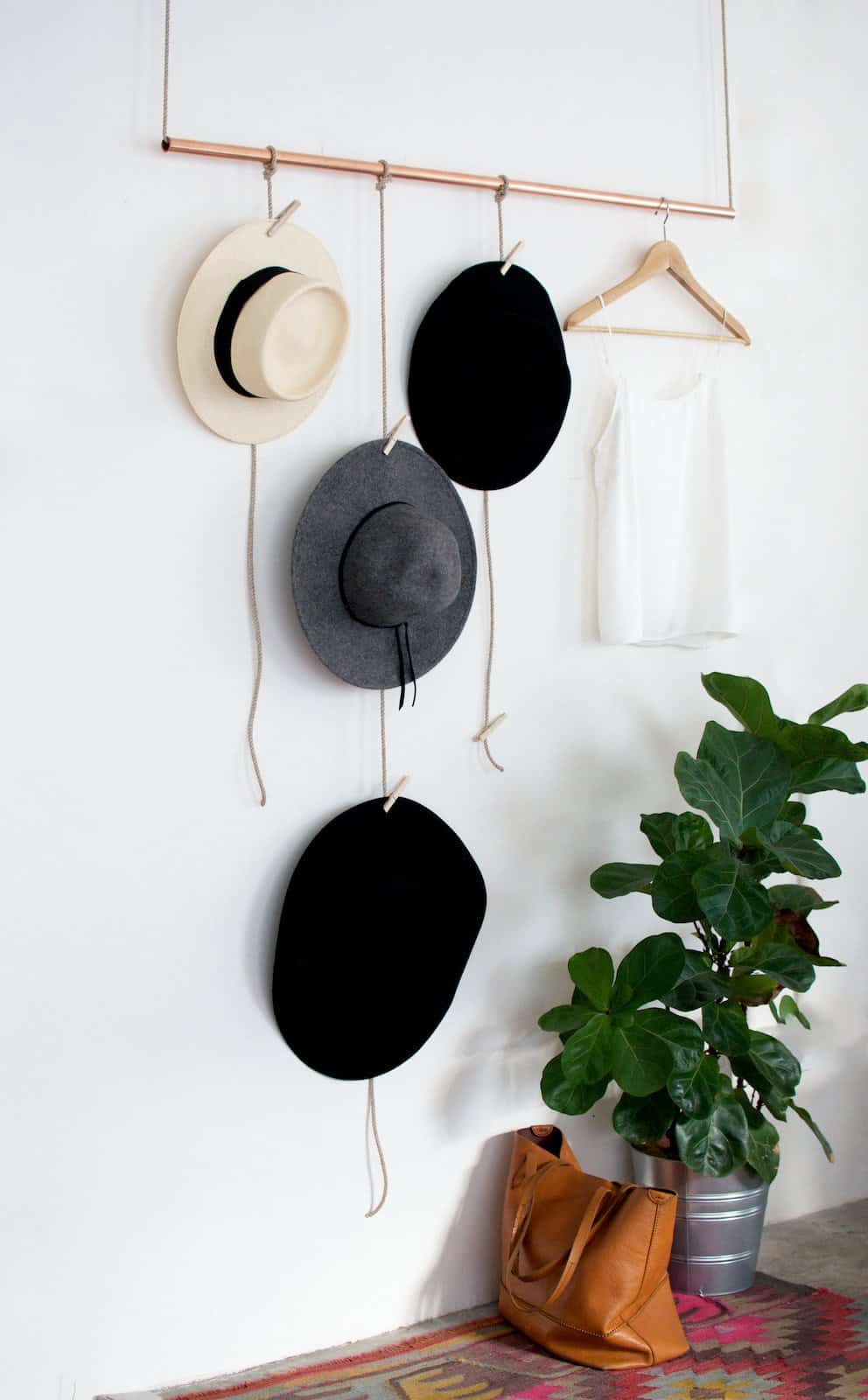 Stunning-DIY-Hanging-Hat-Rack