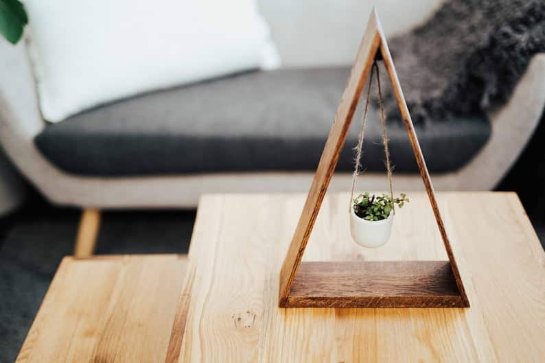 sustainably-sourced-modern-hanging-planter